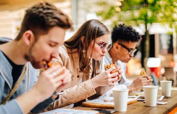 Hábitos Alimenticios De Los Adolescentes